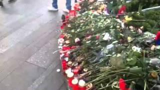 PRAGA PIAZZA VENCESLAO - LAPIDE DI JON PALACH - ASPETTANDO
