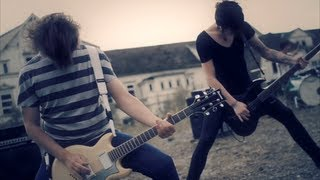 Repeat youtube video ANNISOKAY - Sky [Official Music Video]