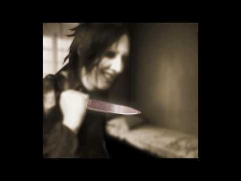 marilyn manson-(S)aint. video montage mp3