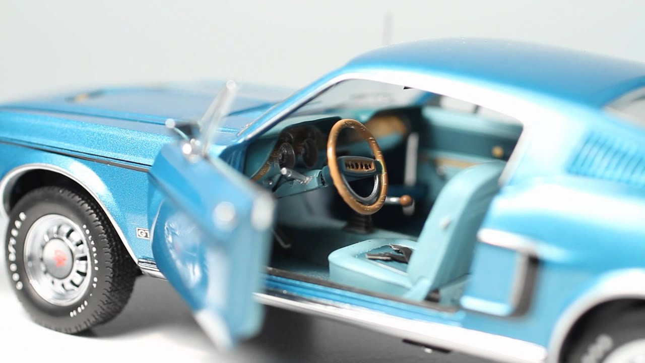 Franklin Mint 1 24 1968 Ford Mustang GT Fastback Blue