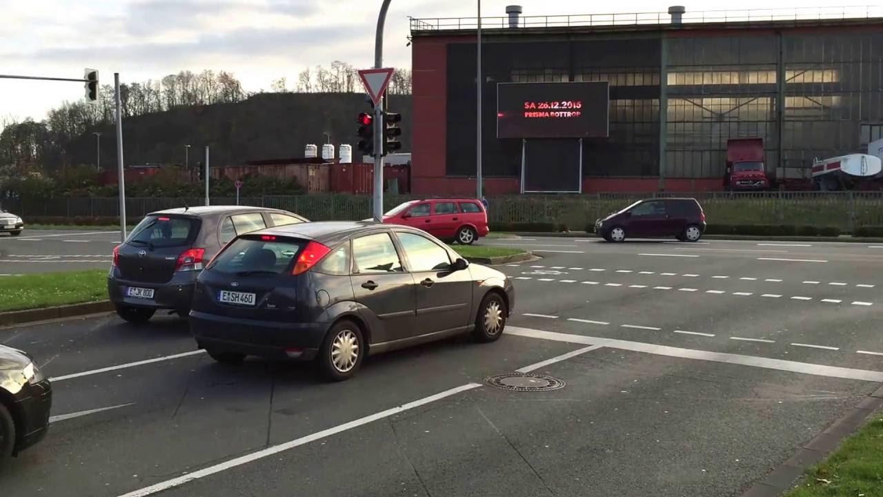 a949c73dc35a11 LED Videowand Oberhausen CentrO SIGN YOU mediascreen - YouTube