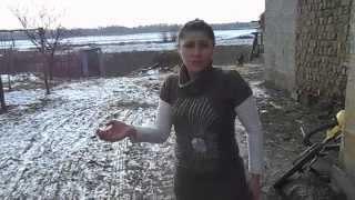 Ромам вода не нужна- сказала власть.(Чопскую мэршу спросили: Почему в ромском поселении нет воды? Заместитель брехун ответил: У них краны откры..., 2015-02-09T21:27:15.000Z)