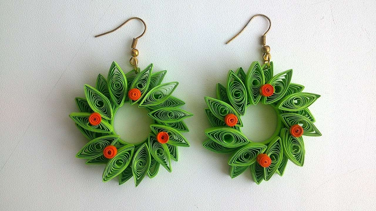 How To Make Paper Quilled Christmas Wreath Earrings Diy Crafts