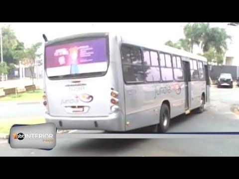 A reação dos passageiros do transporte coletivo de Catanduva ao novo valor da tarifa.