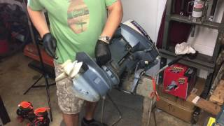 How to remove lower unit 1977 Evinrude Outboard Motor Part 1