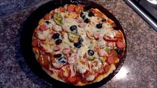 Pizza sevenler Tavada Kolay Pizza Tarifi Nasıl Yapılır