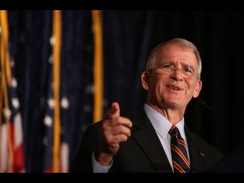 """Col. Oliver North talks """"Heroes Proved"""" at the Nixon Library"""