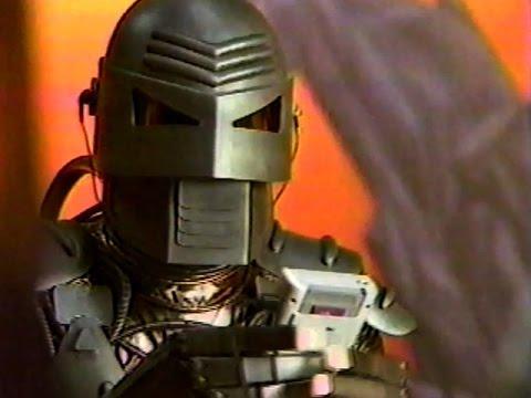 """Nintendo Game Boy """"Robot"""" Commercial (1989)"""