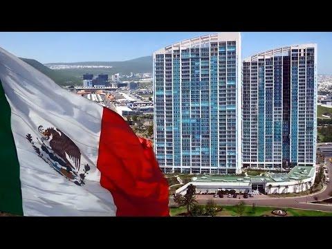 La Bella Ciudad Colonial y Moderna de Querétaro, Mexico