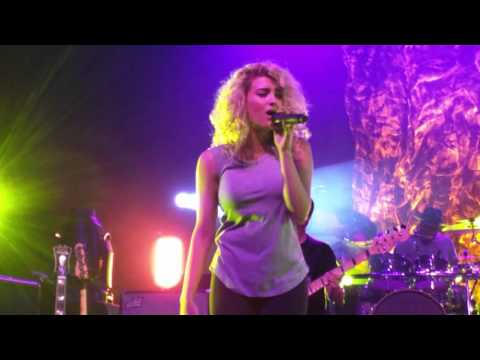 City Dove Live in Tempe, AZ  - Tori Kelly