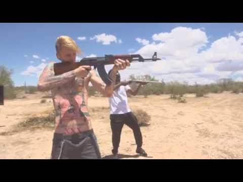 Machine Gun Kelly - Rolling Stone (ft. Earl St. Clair) |MUSIC VIDEO|