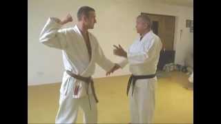 Tom Hill's Karate Dojo; Goju Kata Bunkai; Shisochin; 'Beauty looks in mirror'