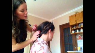 Как заплести косу ободком? прическа с косой.(В этом видео я покажу как сделать красивую прическу с распущенными волосами,и заплетенным ободком-косой...., 2012-10-10T18:36:35.000Z)