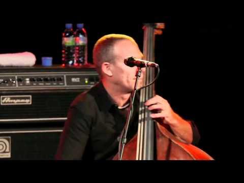 Avishai Cohen - 'Seven Seas' live (TSF Jazz Radio, 2010)
