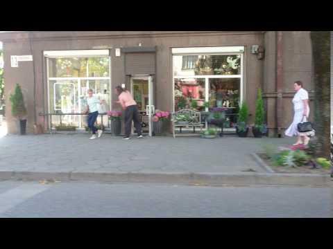 Kauno gatvėse siaučia pusnuogis vyras