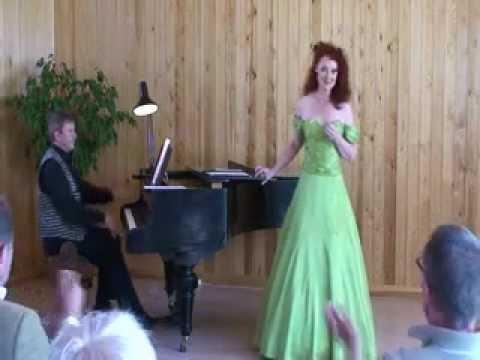Anne Kleinstrup   Jeg plukker fløjlsgræs  Koncert