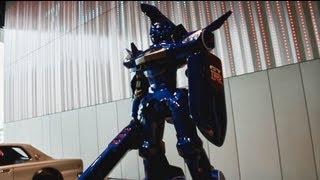 横浜日産グローバル本社ギャラリーに特別展示中。 超速変形ジャイロゼッ...