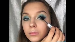 Видеоурок: цветной макияж