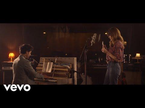 Смотреть клип Carla Bruni - Un Ange