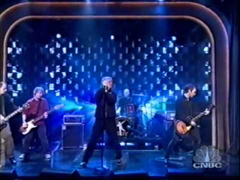 "Guided By Voices - ""Everyone Thinks I'm A Raincloud"" On Late Night ( December 2nd 2004 )"