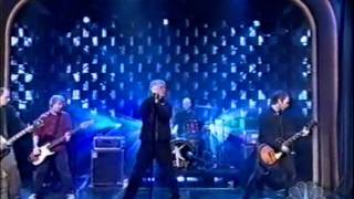 """Guided By Voices - """"Everyone Thinks I'm A Raincloud"""" On Late Night ( December 2nd 2004 )"""