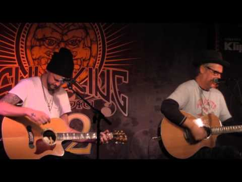 "Collective Soul - ""The World I Know"" (Live In Sun King Studio 92 Powered By Klipsch Audio)"