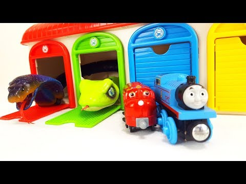 Spiderman Thomas chuggington Tayo small garage toy Monster Cockroach toy Story