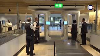 Met deze innovaties zorgt Schiphol voor kortere rijen bij bagagechecks