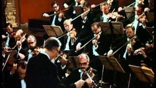 W.A.Mozart - Sinfonía No.29 en la mayor, K.201 (Mov.1 & 4)