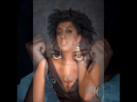 Elani - Mahindi (with lyrics)