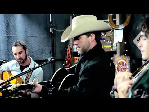 Aaron Watson - 'July in Cheyenne' ::: Second Story Garage