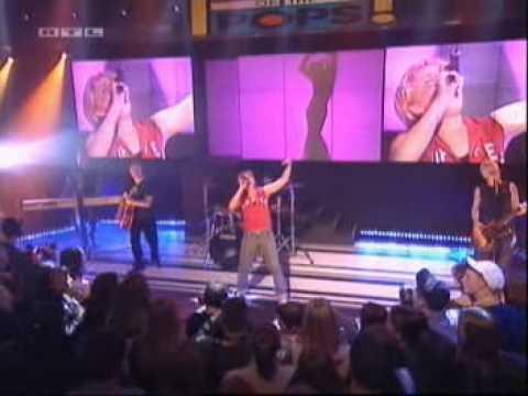 Melanie C & Lisa 'Left Eye' Lopes video Never Be The Same Again Live @ TOTP
