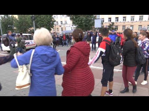 Задержания на площади Советов, КПРФ и при чем тут якутский шаман. Хроника событий в Улан-Удэ