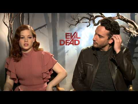 Evil Dead (2013) Exclusive: Jeny Levy and Fede Alvarez (HD)