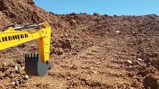 Video Liebherr R936 excavator run download MP3, 3GP, MP4, WEBM, AVI, FLV September 2018