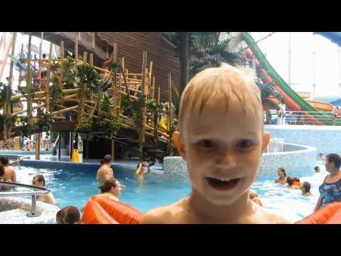 Питерлэнд аквапарк.  Самый большой крытый аквапарк  в СПб