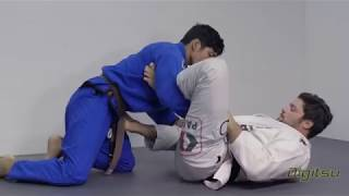 Tarsis Humphreys - Lasso Guard Shoulder Roll Sweep
