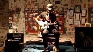 Download Lagu Iksan Skuter - Kepada Hidup Live in Purwokerto</b> Mp3
