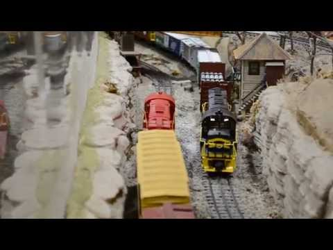 Neil Young's Traveling Lionel Trains Layout!