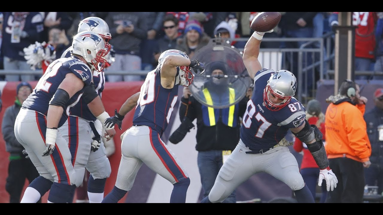 Patriots show off late-season form with dismantling of Dolphins