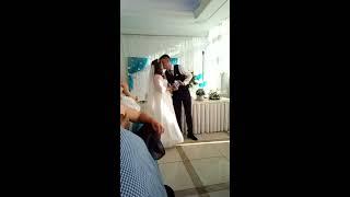 Картина любви на свадьбе