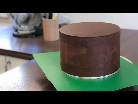 How To Make Chocolate Ganache ? (4 Mins)|Irma's Fondant Cakes