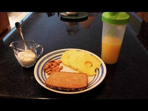 Pre-Workout: What Fitness Models Eat for Breakfast - YouTube