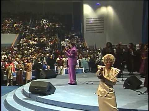 Richard Smallwood & Vision  Anthem of Praise