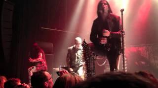 Dimmu Borgir - A Succubus In Rapture & Raabjorn Speiler Draugheimens Skodde live at Patronaat