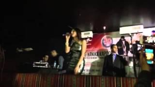 Kanika Kapoor Kende ne naina