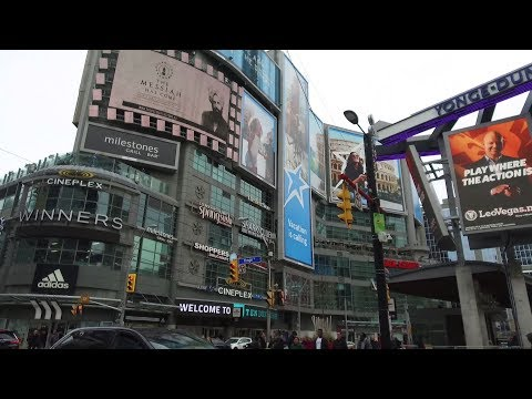 Downtown Toronto Yonge Street Dundas Square 2018 Walking - Dji Osmo+