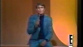 Glen Campbell - Hey Little One (lyrics)