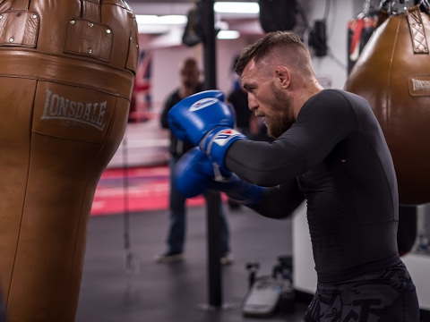 Thumbnail: Conor McGregor Working the Bag in Cali #TheMacLife