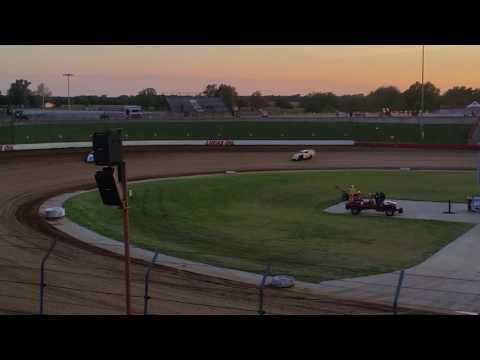 05/14/16 Lucas Oil Speedway Heat Race